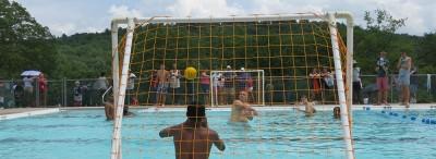 boys-playing-water-polo-lake-delaware-boys-camp