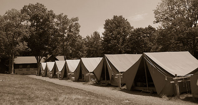 tents-at-lake-delaware-boys-camp