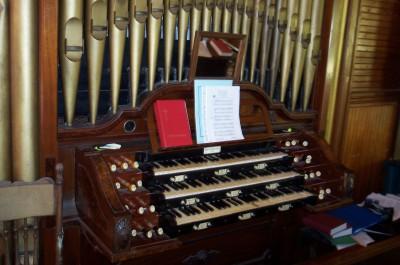 The organ that Teddy's cousin built.